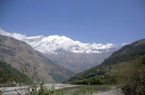 Kali Gandaki valley trek to Tatopani, deepest gorge, Marpha & Muktinath