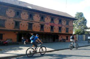 Mountain biking mustang Nepal from Pokhara