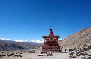 Tsarang to Lo Manthang trek distance exploring Sungda Chhorten