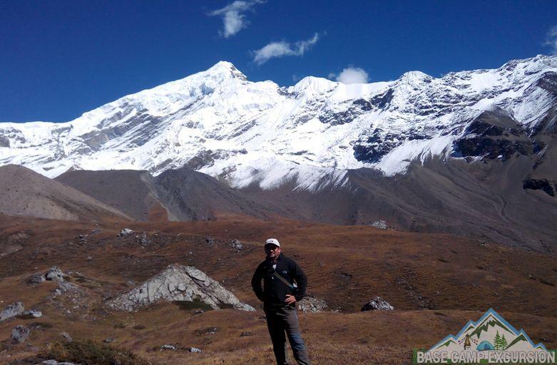 Hiring a guide for Annapurna Circuit trek from Besisahar & Chame
