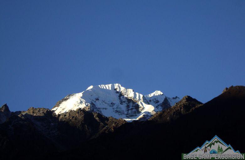 Mundu to Kyanjin Gompa trek distance & altitude of Langtang trek 7 days