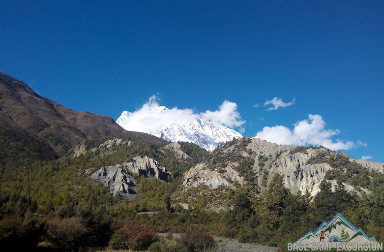 Pisang to Manang trek distance, weather, map & photos of Manang Nepal