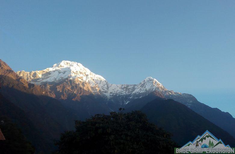 Tadapani to Chhomrong trek distance, weather, elevation of Chomrong Nepal