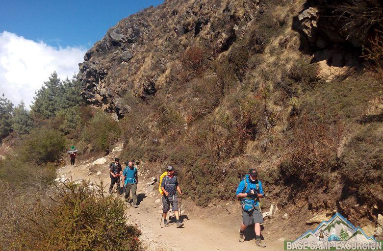 Guided Kanchenjunga base camp trek Nepal enjoy Kanchenjunga trek
